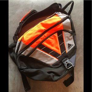 Adidas crossbody backpack 🎒